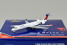 Gemini Jets 1:400 Delta Connection CRJ-700 N611QX GJDAL1259