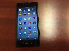 BlackBerry Leap STR100-2 Black (Bell Mobility) Good-Fair Condition