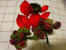 lot fleurs anciennes pour déco chapeaux ou   autre....= rouges