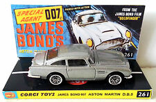 Hot Wheels ASTON MARTIN DB5 James Bond 007 Car on Custom Corgi 261 Repro Display