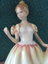 Royal Doulton Gift of Love Figurine HN 3427  Dated 1993 Signd
