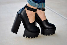 Jeffrey Campbell Scully platform heels size 9 black  new with defect