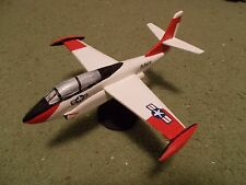 Built 1/72: American ROCKWELL T-2 BUCKEYE Trainer Aircraft US Navy