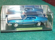 TESTORS 1971 FORD MUSTANGMACH 1 BOSS 351 1/24 w DISPLAY CASE