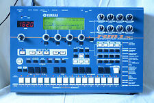 YAMAHA RM1x SEQUENCE REMIXER Drum Machine, Grove box w/ demo disk