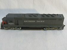 HO Scale Athearn Southern Pacific EMD SDP40 Diesel #9263, #41 working used