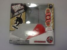 New Tech Deck Sk8 Parks ramp With Skateboard Fingerboard