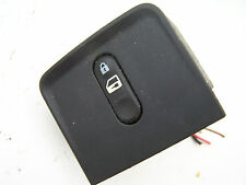 Nissan Primera (02-06) Lock switch