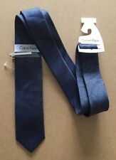 CALVIN KLEIN Mens Silk Tie BNWT -Navy Blue With Subtle Stripe & Tie Clip -