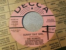 Hobbits, The – Daffodil Days (The Affection Song) / Sunny Day Girl ~ 1967 Psych