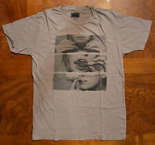 Men's Urban Outfitters Blunt Roll Gray T-Shirt Medium