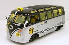 Maisto All Star Volkswagen VW 1960s Van Samba 1:24 diecast model bus Taxi M207