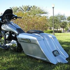 Harley Stretched Extended saddlebag and rear fender duck tail for touring bagger