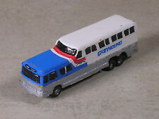 N Scale 1969 Vista Cruiser Greyhound Bus