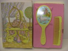 Vintage Avon HER PRETTINESS HAIR BRUSH & COMB SET PRINCESS Kids NEW 1969 Retro