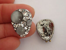 2 crystal buttons rhinestone cat eye diamante wedding upholstery sewing UK 67