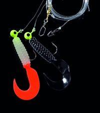 DEGA Pilkvorfach mit zwei Twister-Jigköpfen lum./jap.-rot+schw. 130 cm Hg.2/0
