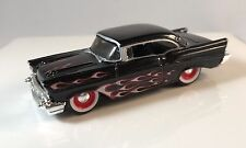 MAISTO '57 CHEVROLET BEL AIR EXCLUSIVE SPEED GEAR ELITE TRANSPORTER *BLACK* 1/64