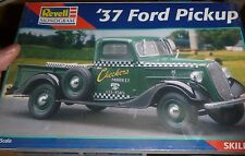 REVELL 1937 FORD PICKUP TRUCK 1/25 FS Model Car Mountain