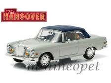 GREENLIGHT 86462 HANDOVER 1969 MERCEDES BENZ 280 SE SOFT TOP w TIGER 1/43 SILVER