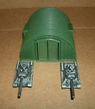 1/140 Scale Mini US Army Hanger With Two Battle Tanks - War Diorama Accessory N