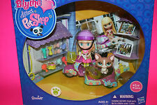 NEW BLYTHE LITTLEST PET SHOP  SCOOTER PLAYSET BLYTHE AND HER PET RIDE IN STYLE