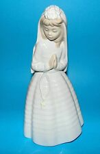 Nao by Lladro Figurine 'Communion girl praying' #2000236 religious 1st Quality