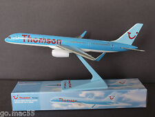 Thomson Airways B757-200 Premier Portfolio Push Fit Model SM757-89N 1:200 Scale