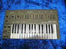 Vintage  Roland SH101  Music VIntage Analog Synthesizer keyboard sh 101 09  SH-2