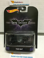 The Bat * Dark Knight Rises * Hot Wheels 2015 Retro Case K