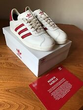 Adidas Gazelle Moskva Goretex Blanco/Rojo City serie UK 10.5 nos 11