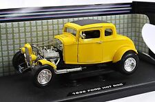 FORD 1932 MODEL A 5 WINDOW COUPE HOT ROD 1:18 MOTORMAX 73172 AMERICAN GRAFFITI