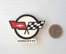 Badge ancien logo voiture chevrolet corvette - Made in Macau vintage pin