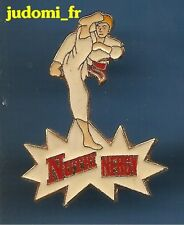 Pin's pin KARATE NUTRI NERGY KARATEKA COUP DE PIED DEVANT (ref 041)