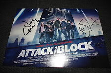 "Nick Frost & Joe Cornish signed autógrafos en ""Attack the Block"" imagen inperson"
