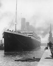 White Star Line RMS Titanic 8 x 10 / 8x10 GLOSSY Photo Picture