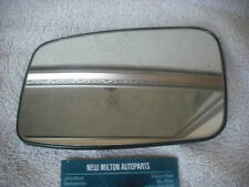 A GENUINE VOLVO V40 S40 ELECTRIC HEATED DOOR MIRROR GLASS  N/S LEFT  38903