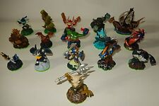 Lot de 16 figurines jeu video SKYLANDERS ACTIVISION