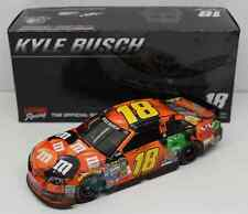 NASCAR ACTION  KYLE BUSCH #18 HALLOWEEN M&MS 1/24 DIECAST CAR