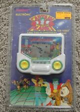 TIGER ELECTRONICS CAPTAIN PLANET AND THE PLANETEERS HAND HELD GAME LCD VIDEO