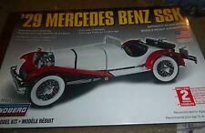 LINDBERG 1/25 1929 MERCEDES BENZ SSK Model Car Mountain FS 72626