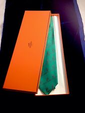 HERMES SEAHORSES TIE WITH A BOX