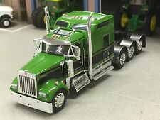 "1/64 DCP GREEN W900 KENWORTH TRI AXLE W/ 86"" AERO SLEEPER"