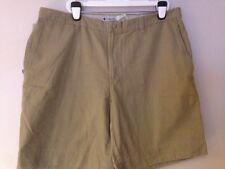 NWT MEN COLUMBIA RUGGED OUTDOOR CHINO UTILITY BEIGE SHORTS W42