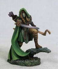 Male Elven Ranger Bow DSM 7451 Visions in Fantasy - Dark Sword Miniatures Pewter