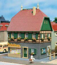 12347 Auhagen HO Bausatz Wohnhaus mit Laden - Neu + OVP