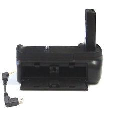 DynaSun 3100 Impugnatura Battery Grip per Nikon D3100 D3200 D3300 con Cavo