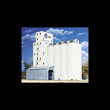 WALTHERS CORNERSTONE N SCALE KIT 933-3225: ADM GRAIN ELEVATOR