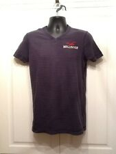 HOLLISTER Men's v neck striped tee navy size small short sleeve