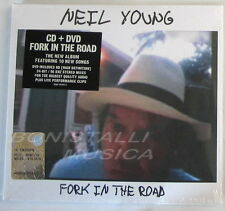 NEIL YOUNG - FORK IN THE ROAD - CD + DVD Sigillato